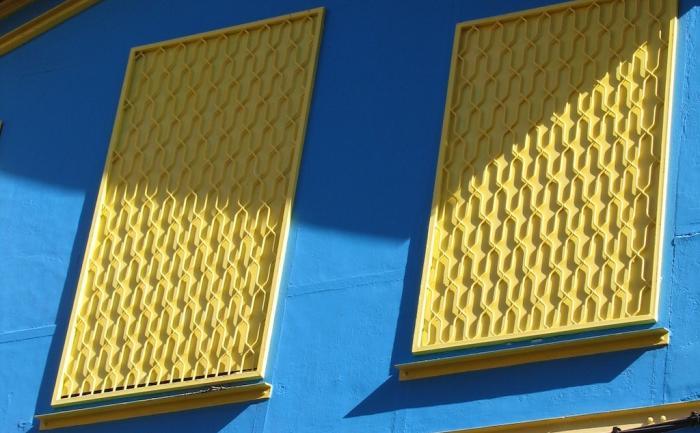Le bleu et le jaune dominent en Martinique